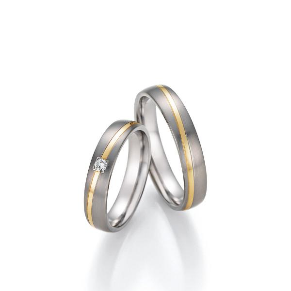 2 x Trauringe Titan - 585 Gold mit Diamant Eheringe Partnerringe inkl. Gravur