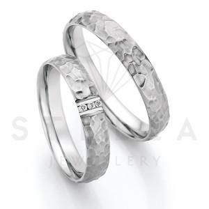 2 x Stahl Trauringe mit Diamant zus. ca. 0,024ct.  -...